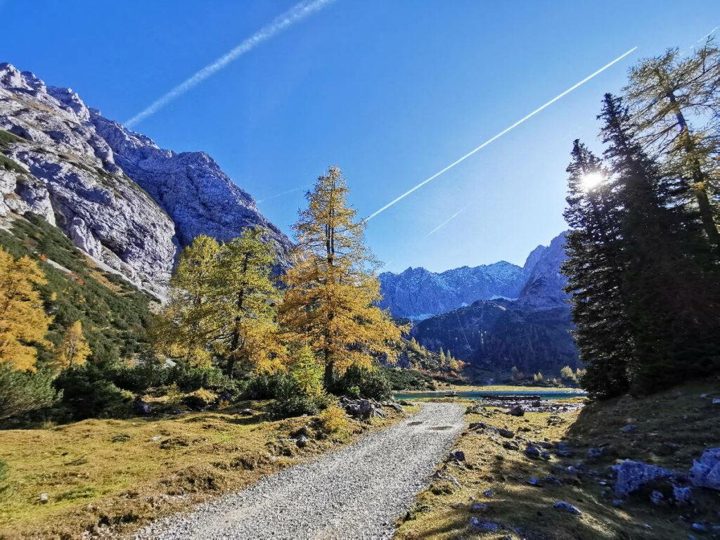Die schönsten Österreich Seen im Herbst - so bunt ist es im Oktober am Seebensee