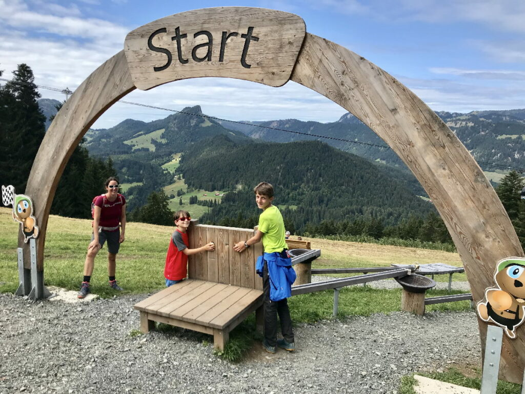 Vorarlberg Urlaub - toll war´s im Kleinwalsertal bei Sölli´s Kugelrennen