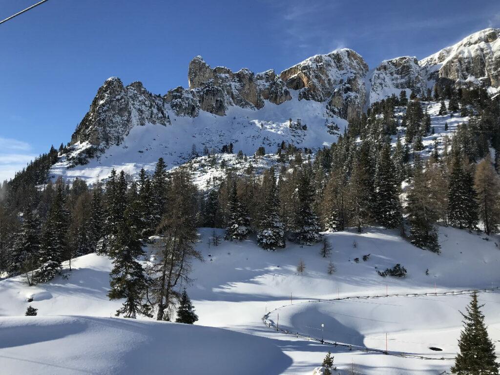 Skiurlaub Österreich - mit Neuschnee in Tirol!