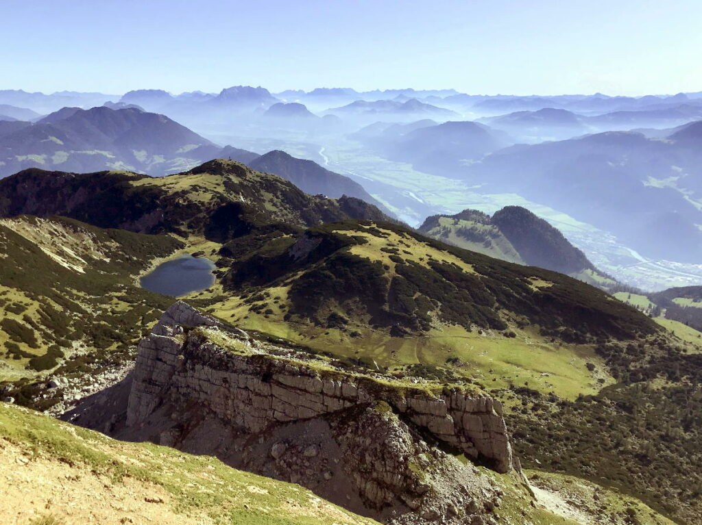 Schöne Österreich Seen mitten in den Bergen - so traumhaft liegt der Zireiner See